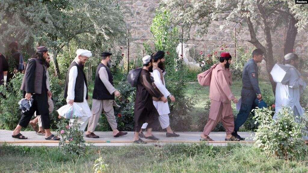 Defying Peace Deal, Freed Taliban Return to Battlefield