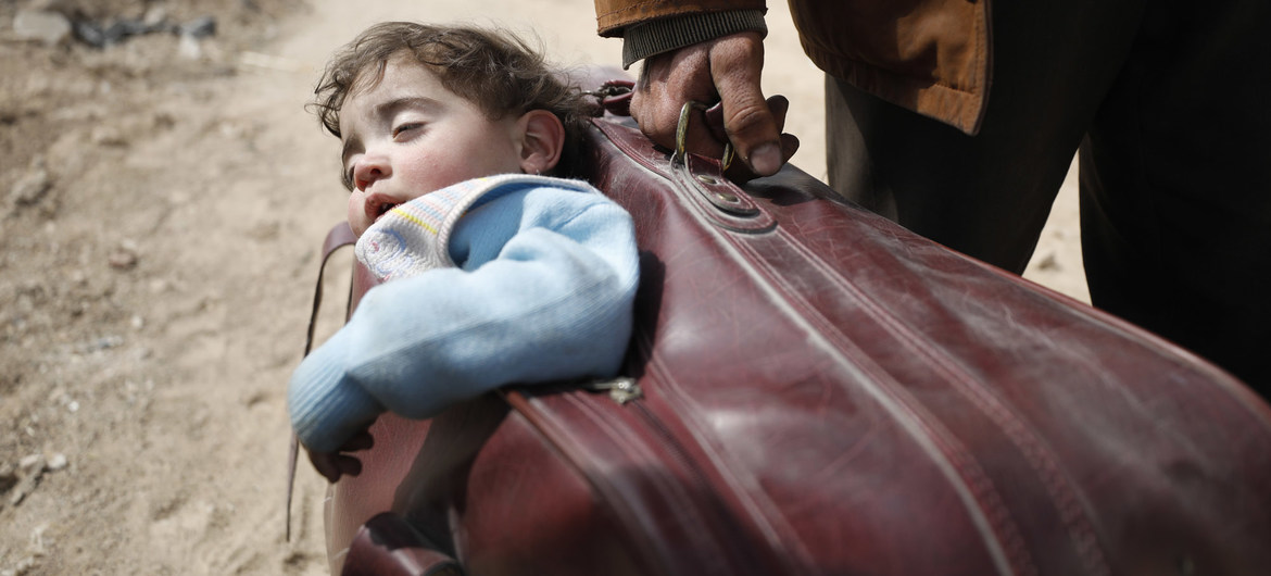 At least 350,000 dead in Syria war